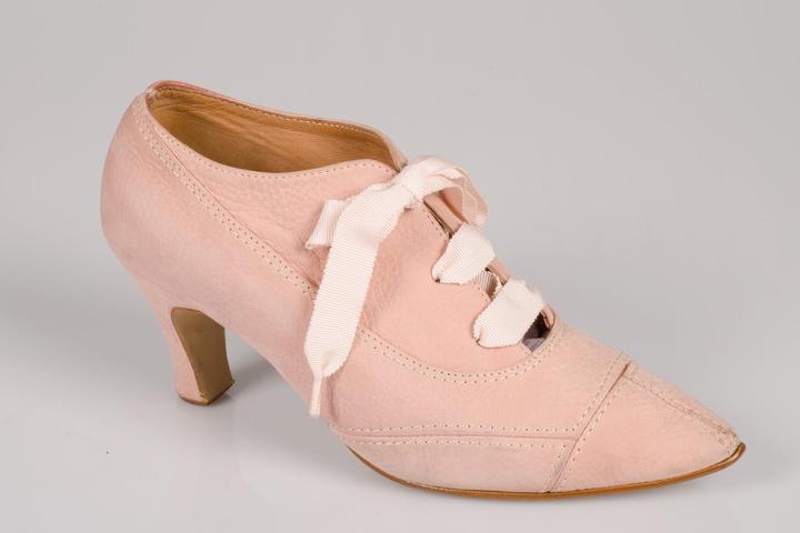 Paar damesschoenen