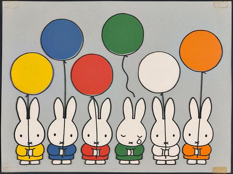vijf konijnen houden een ballon vast en een met een traan heeft het touwtje waarmee de ballon vastzit losgelaten