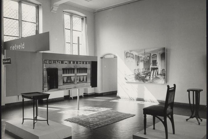 Afbeelding van tentoonstelling 'Rietveld' 1958, CMU, eerste zaal