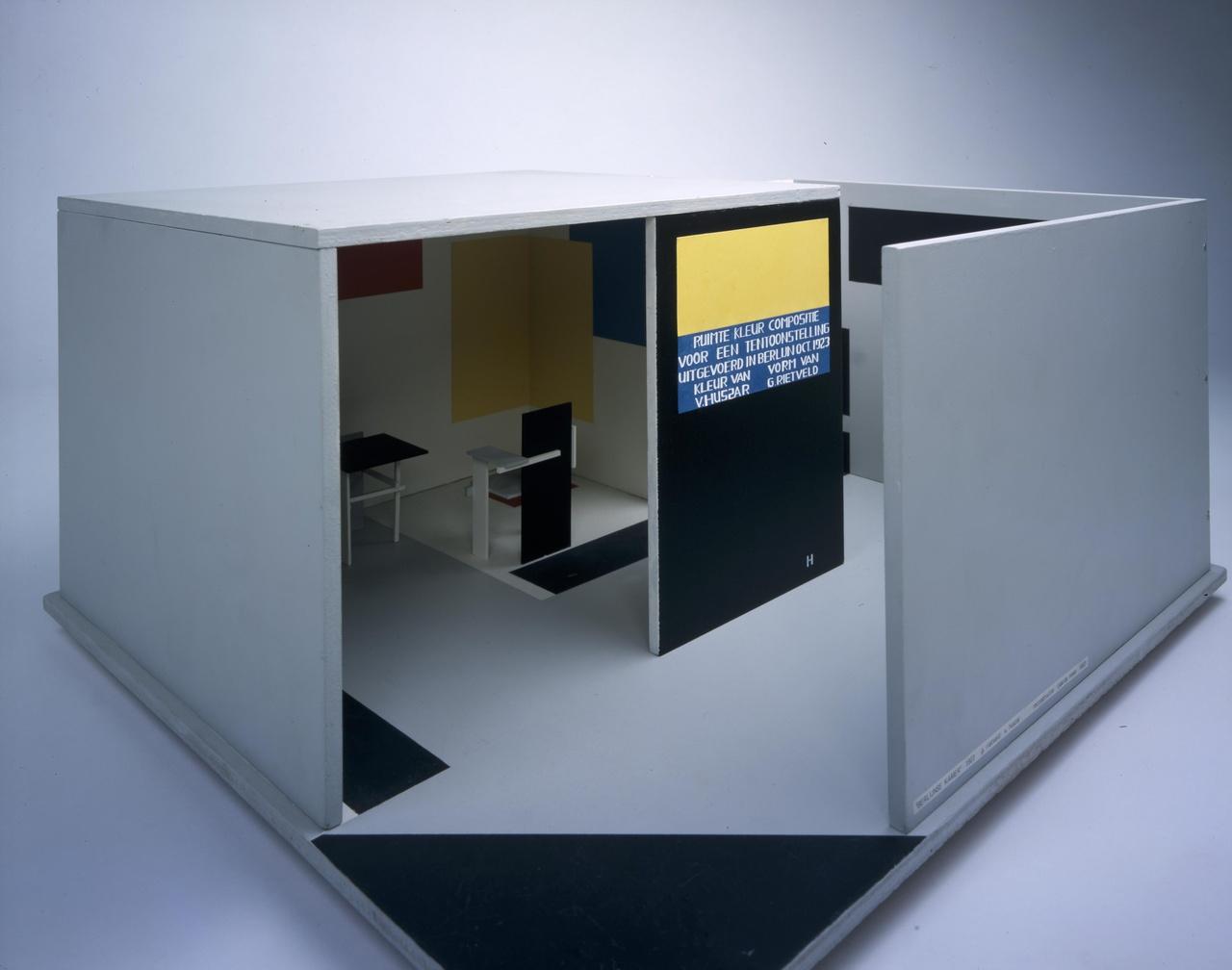 Maquette Ruimte-Kleur-Compositie voor de Juryfreie Kunstschau in Berlijn