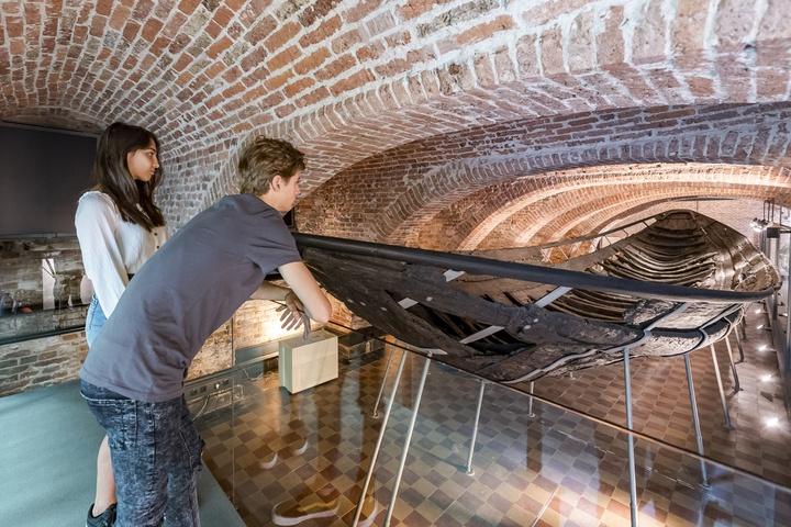 Utrecht's ancient ship