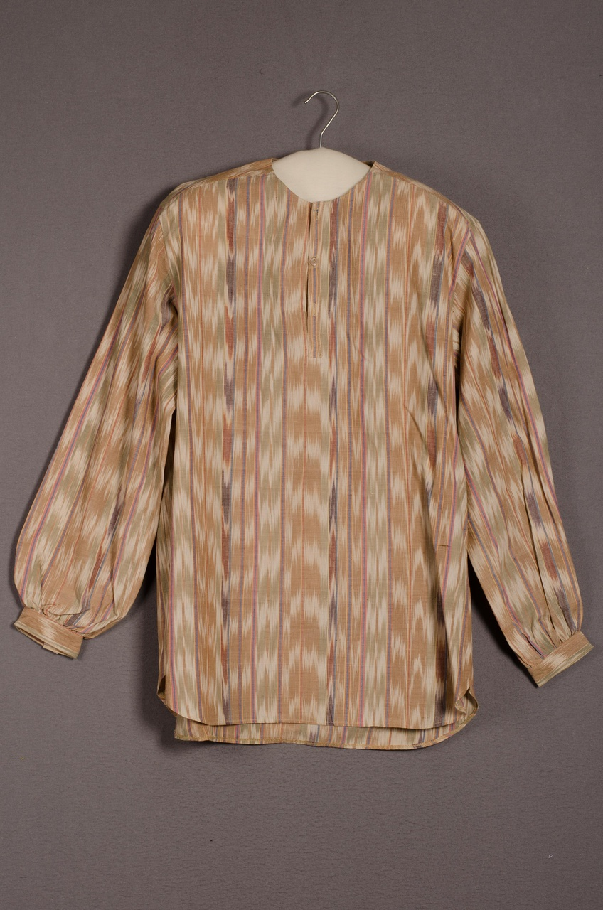 Herenoverhemd behorend bij ensemble