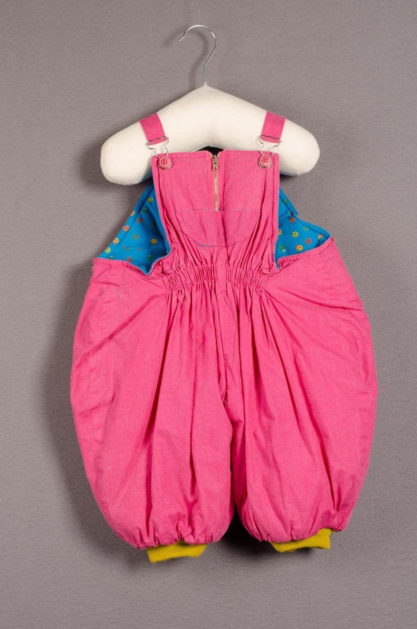 Kinderbroek behorend bij ensemble