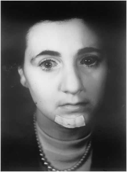 Jettie V. in donker, infrarood