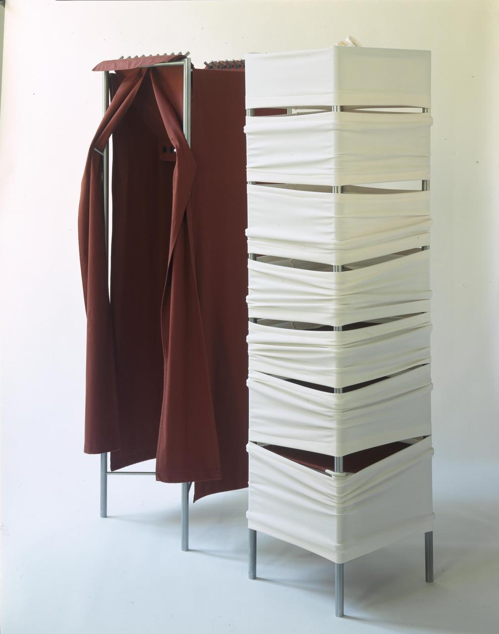 Kleerkast (hang- en legmodel)