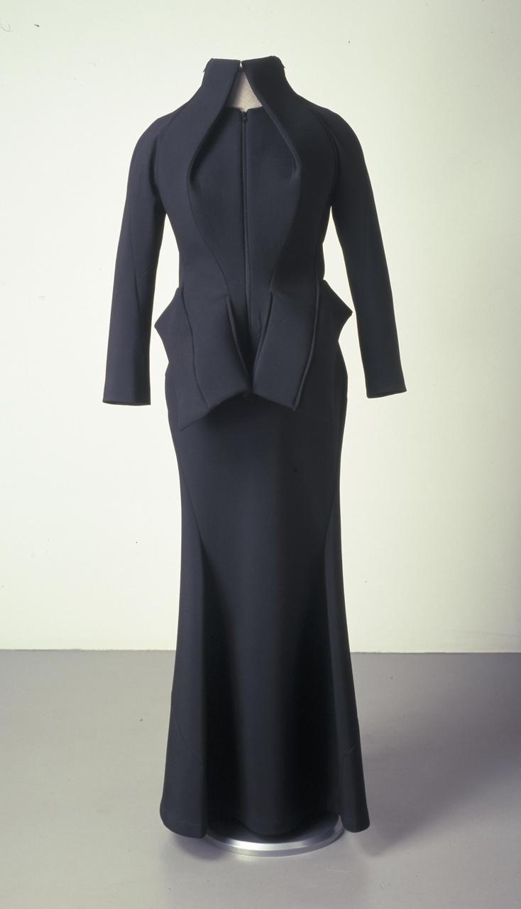 Damesensemble bestaande uit jasje met rok