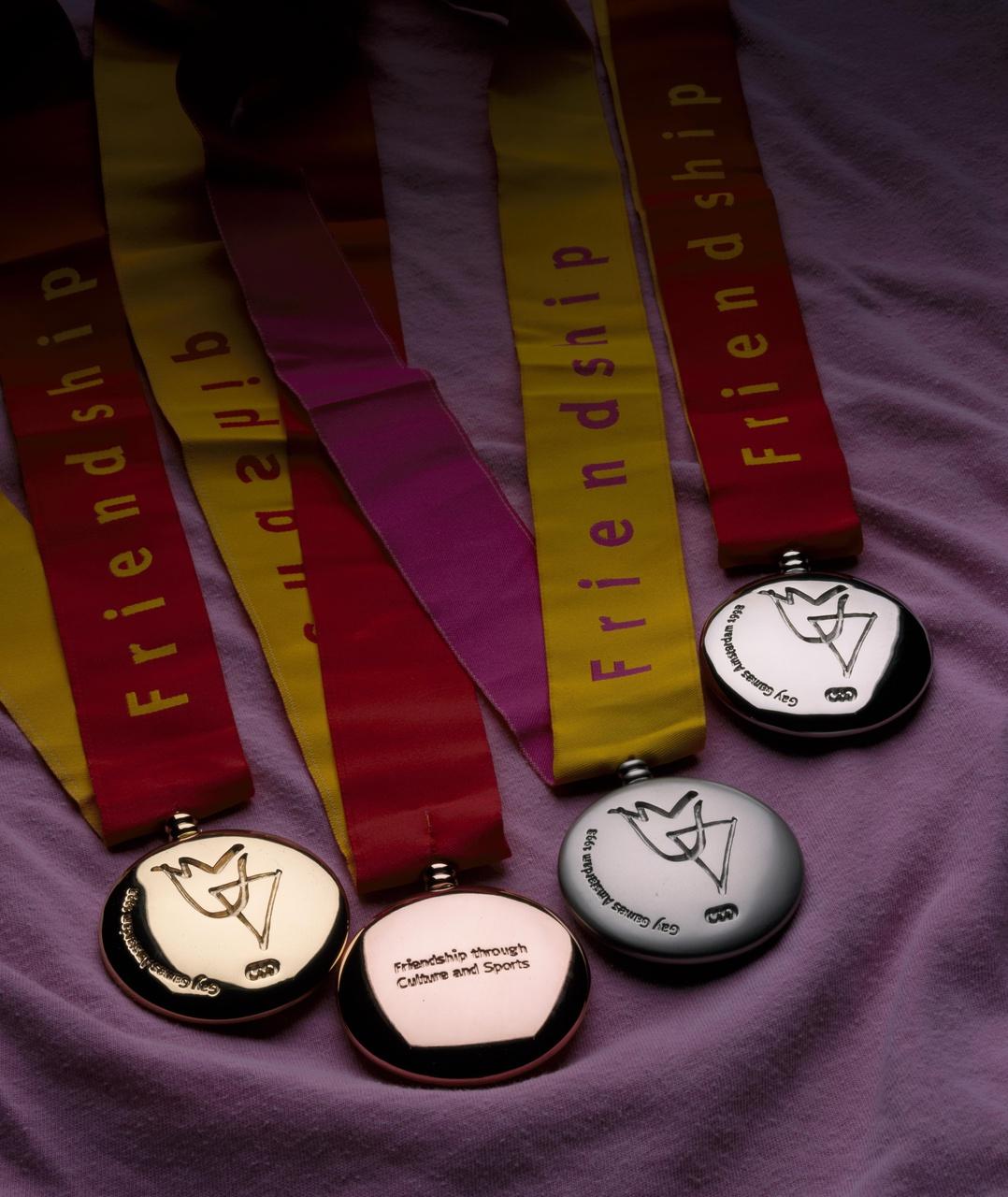 4 Medailles Gay Games