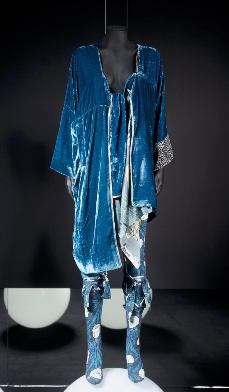 Damesjasje met sokken uit de collectie n/w 2005/2006