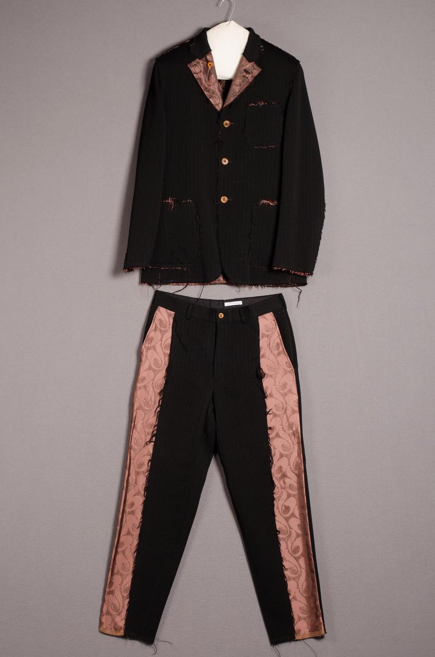 Herenensemble bestaande uit jasje en broek