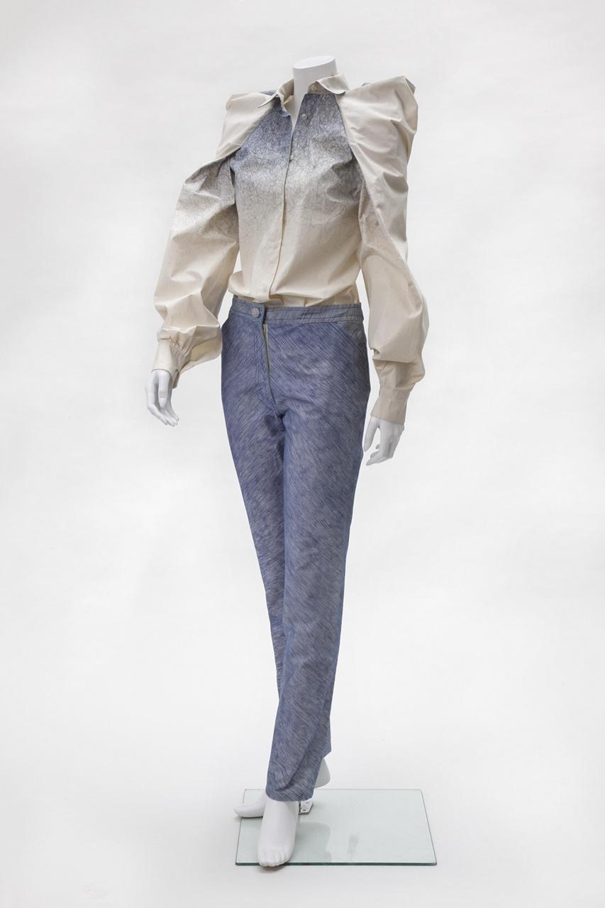 Witte top en pantalon