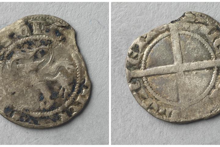 ½ groot, bisschop Jan III van Diest (ca.1323-1341)