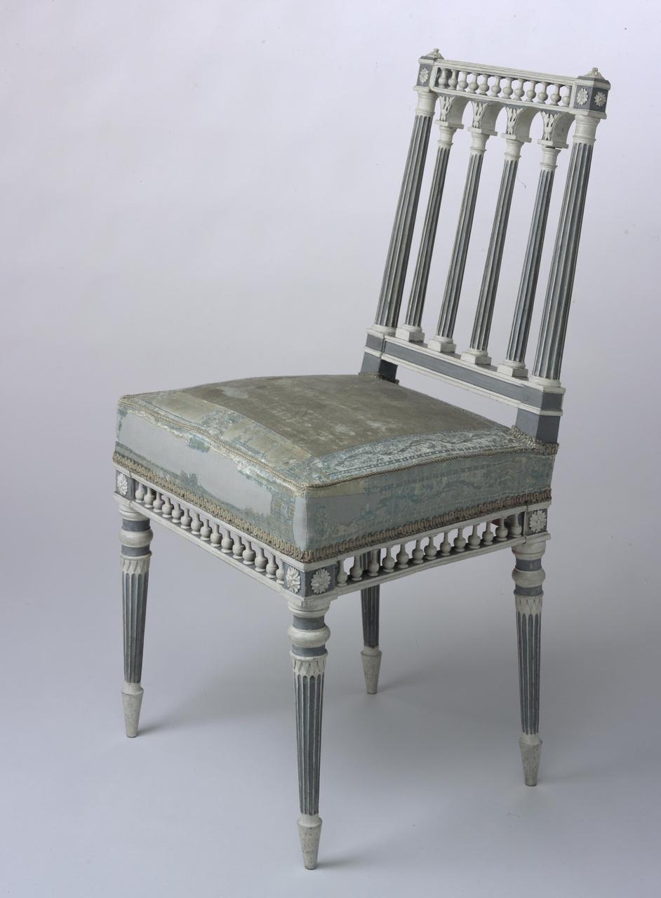 Zitameublement van acht stoelen