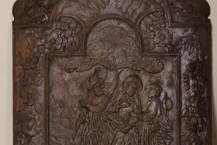 Haardplaat met Christus en de Emmaüsgangers