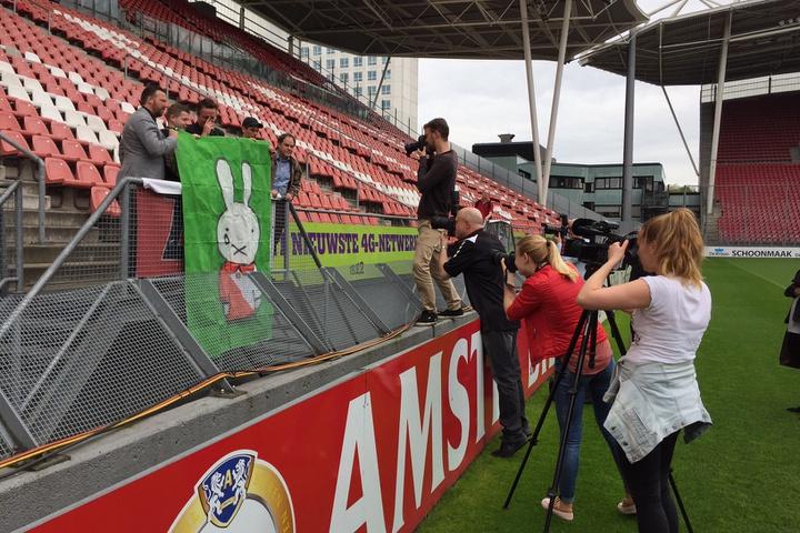 Centraal Museum neemt FC Utrecht-spandoek met huilende nijntje op in collectie