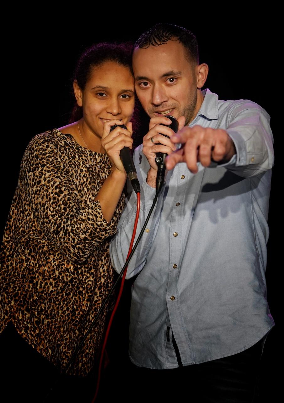 5/13 - Yasmine Ziz (Jazzmin) & Mohamed Abdelbasset Belkadi (Longi), Theater Stefanus, Overvecht. Yasmine: 'De eerste ontmoeting met Jay, mijn rap docent. Geniet van het leven want het duurt maar heel even. 'Mohamed: 'Mijn eerste optreden was hier. Volg je hart en volg je passie, voor je het weet is het voorbij.'