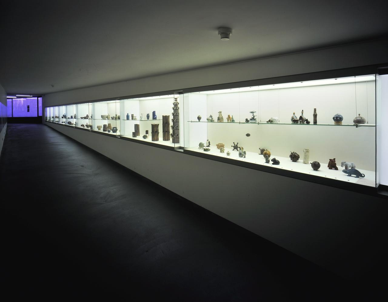 9/10 - Tentoonstelling Vrije Keramiek, 2001