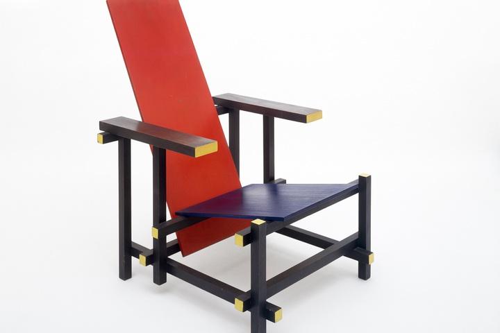 100 jaar Lattenleunstoel van Gerrit Rietveld