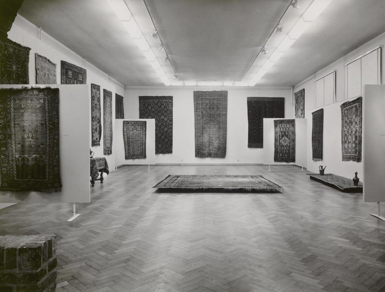 Antieke Oosterse tapijten uit de collectie Van Aardenne