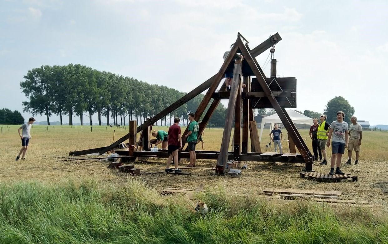 Testopbouw en schieten van trebuchet